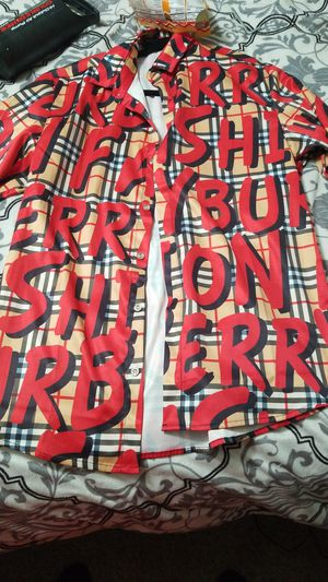 Burberry shirt for Sale in Meridian, ID