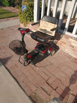 Compact mobility Scooter with new batteries for Sale in La Verne, CA