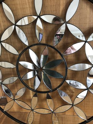 """Wall art,28"""" round with black rim for Sale in Portland, OR"""