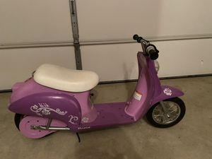 Razor Girls Scooter for Sale in Georgetown, TX