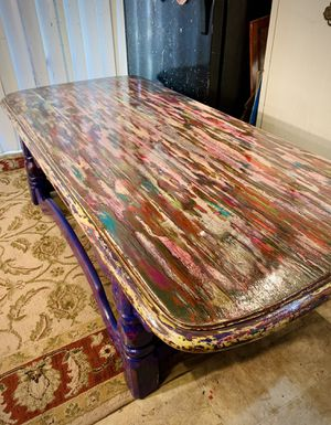 8Up collection handpainted coffee table for Sale in St. Louis, MO