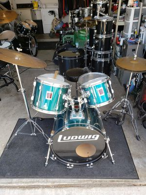 Ludwig Rockers complete drum set with cymbals for Sale in Phoenix, AZ