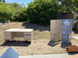 Filing cabinets and desk - FREE for Sale in San Juan Capistrano, CA