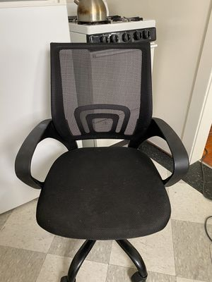 Ergonomic Chair Desk Chair with Wheels for Sale in Los Angeles, CA