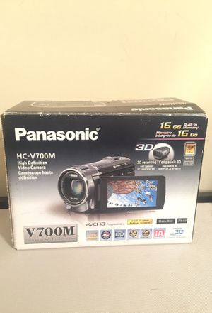 Panasonic HC-V700M High definition video camera 16 GB for Sale in Raleigh, NC