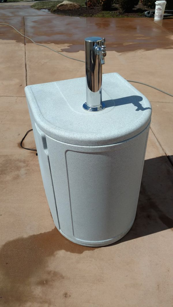 Sudsbuddy keg cooler