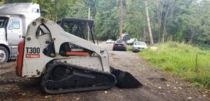 2010 bobcat t300 for Sale in Edgewood, WA