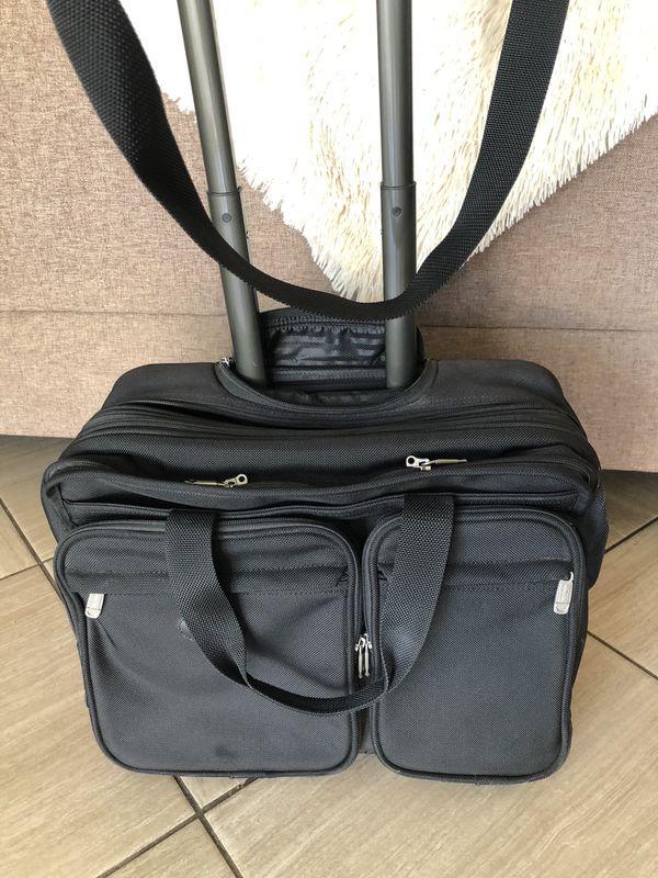 Kirkland Executive Expandable Briefcase with Laptop Case
