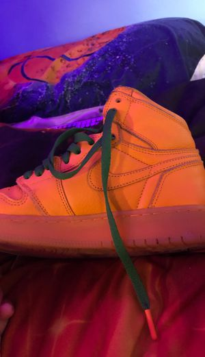 gatorade jordan 1 size 5.5 youth for Sale in Springfield, MA