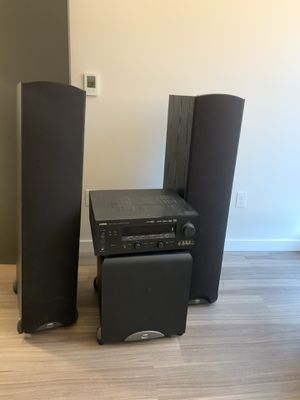 Yamaha htr-5990 stereo system Klipsch for Sale in Seattle, WA