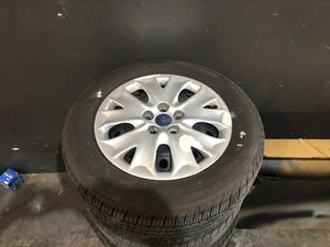 Rims and tires new Ford Fusion 2016 for Sale in Miami, FL