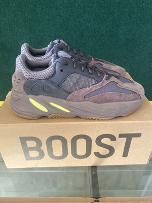 Yeezy boost 700 for Sale in Merced, CA