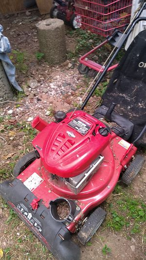 Troy-Bilt chipper vac for Sale in Manchester, CT