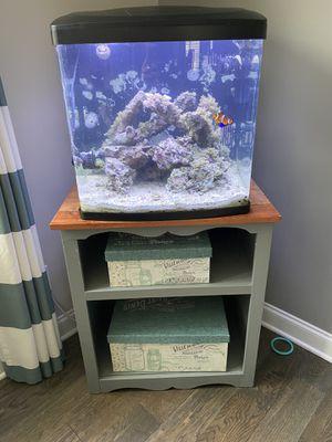 32gal Coralife biocube saltwater aquarium for Sale in NC, US