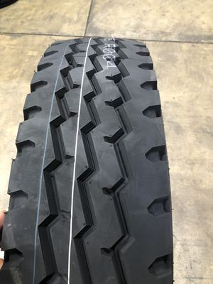 11R22.5 dumb trailer tires for Sale in Lemont, IL