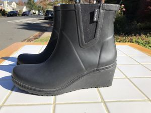 Tretorn Wedge Rain Booties -Size 8 for Sale in Arlington, VA