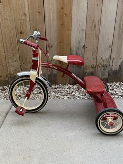 Radio Flyer Classic Tricycle - Red for Sale in Boise,  ID