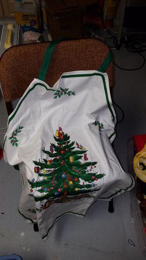 Spode apron slightly worn for Sale in Kailua-Kona, HI