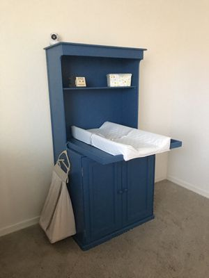 Changing table / bookshelf for Sale in Mesa, AZ