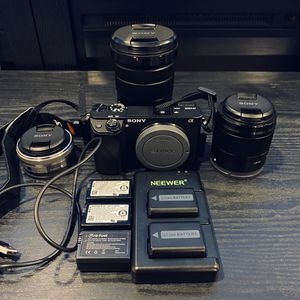 Sony Camera Bundle for Sale in Los Angeles, CA