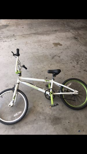 Tony hawk kids bike (tires are flat ) for Sale in Victorville, CA