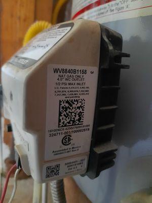 Honeywell water heater gas valve for Sale in Marietta, GA