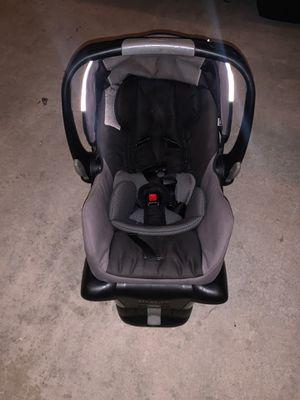 Britax BOB car seat for Sale in Huntington Beach, CA