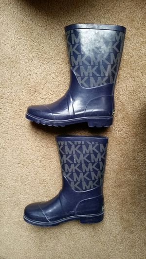 Girl's rain boots by Michael Kors Daisy navy blue shoes for Sale in Murrieta, CA