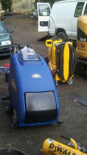 Windsor Voyager e floor scrubbers for Sale in Maple Valley, WA