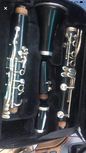 Clarinet, PRICE IS NEGOTIABLE for Sale in Kalamazoo, MI
