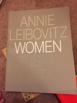 Annie Leibovitz Woman Photography Book for Sale in Manassas, VA