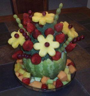 Fruit Arrangement in basket for Sale in North Bethesda, MD