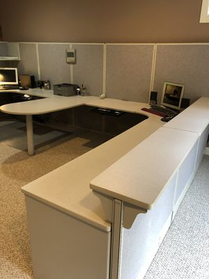 Home Office / Office Furniture- Maxon International Inc Panel/Desk/Cube Office Furniture for Sale in Gainesville, VA