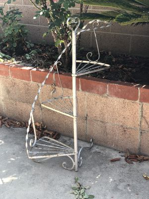 3 tier iron plant stand for Sale in Fullerton, CA