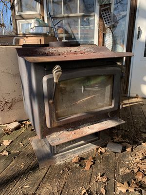 Wood Stove for Sale in Bedford, VA