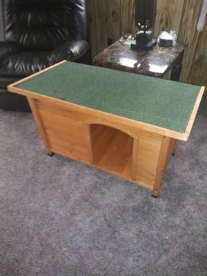 Dog House for medium dog for Sale in Taylor, MI