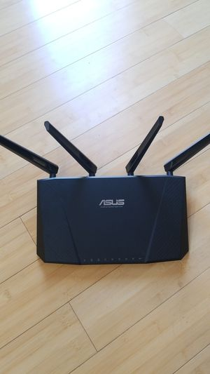 ASUS AC2400 Gigabit Wireless Router for Sale in Aurora, CO