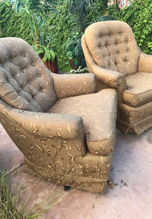 2 rocking chairs. for Sale in Chula Vista, CA