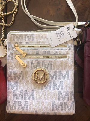 Mia K Fartow White Gray And Gold Messenger Bag With Shoulder Strap for Sale in Whittier, CA
