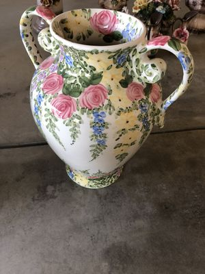 English garden by don Swanson hand painted vase collection for Sale in Fresno, CA