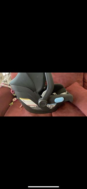 Uppa infant car seat. $200 OBO for Sale in Houston, TX