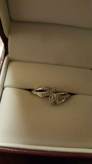 Diamond engagement ring size 7.5 $899 for Sale in Severn, MD