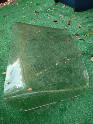Plastic windshield for bass boat or flats boat for Sale in Miami, FL