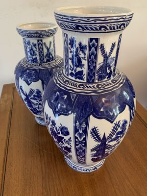 Blue and White Porcelain Antique Style Vases (2) for Sale in Los Angeles, CA