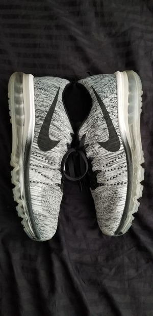 Nike Air Max Flyknit Oreo Authentic Mens size 10 Jordans Airmax for Sale in Walnut Creek, CA