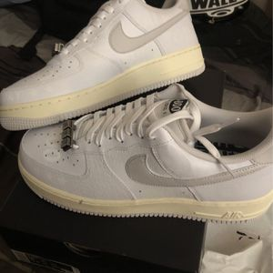 Air Force 1 ( 1-800) for Sale in Lynwood, CA