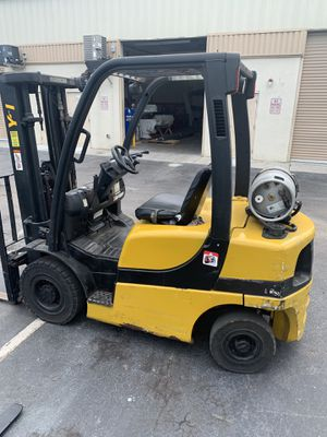 Yale Forklift 5000 lbs for Sale in Orlando, FL
