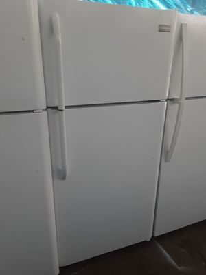 $265 Frigidaire white 18 cubic fridge apartment size includes delivering the San Fernando Valley a warranty and installation for Sale in Los Angeles, CA