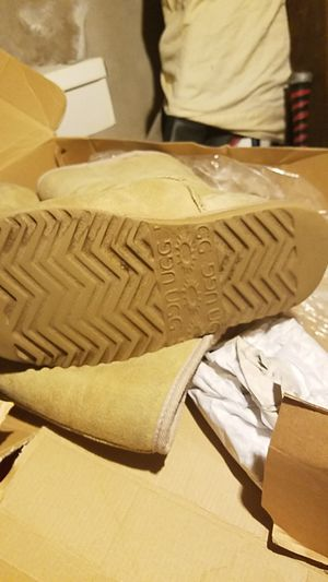 Womens boots uggs classic tall womens 5815 for Sale in Philadelphia, PA