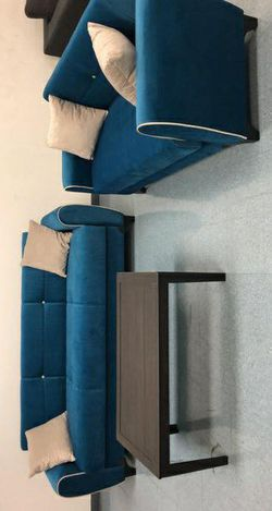 Spring Blue Sleeper Sofa & Loveseat for Sale in Pflugerville,  TX